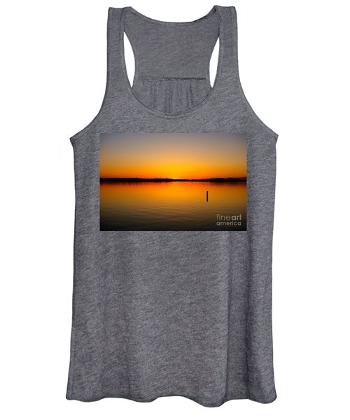 Lake Independence Sunset Women's Tank Top