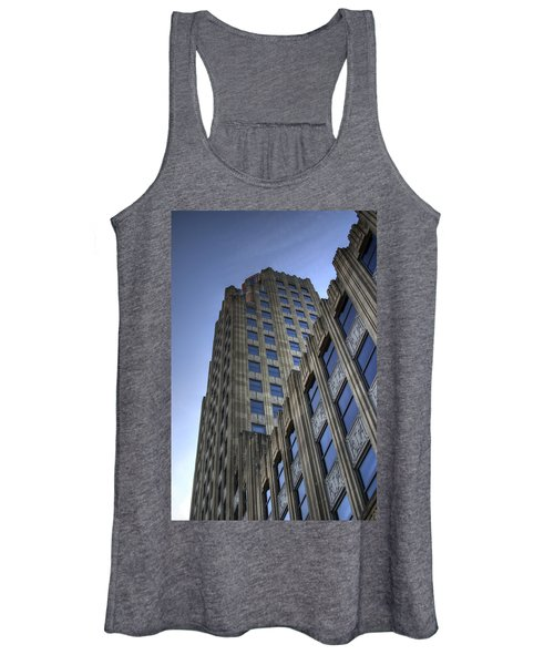 Women's Tank Top featuring the photograph Lincoln Building by Michael Colgate