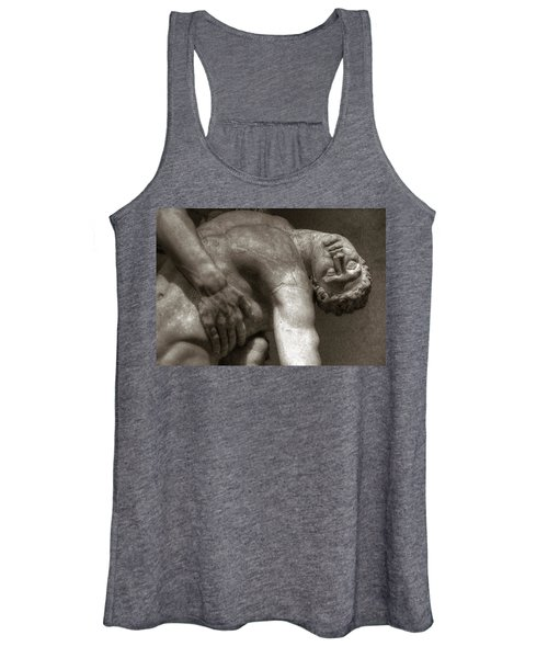 Menelaus Supporting The Body Of Patroclus Women's Tank Top