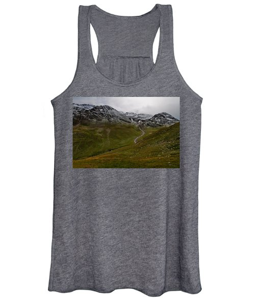 Mountainscape With Snow Women's Tank Top