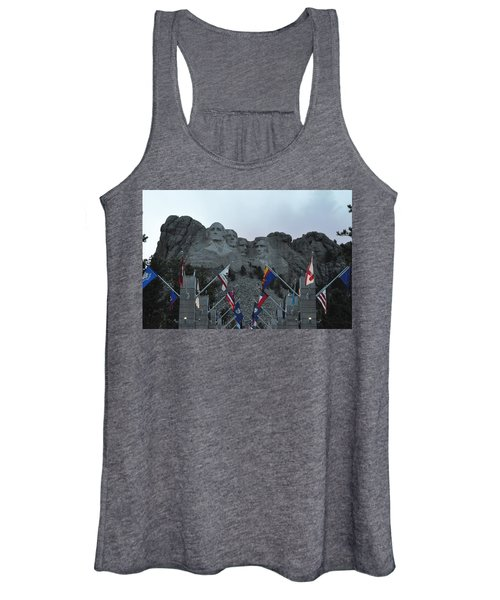 Mt. Rushmore In The Evening Women's Tank Top