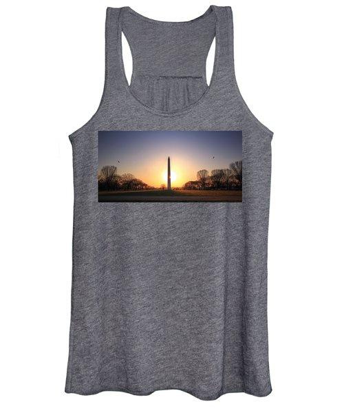 Setting Sun On Washington Monument Women's Tank Top