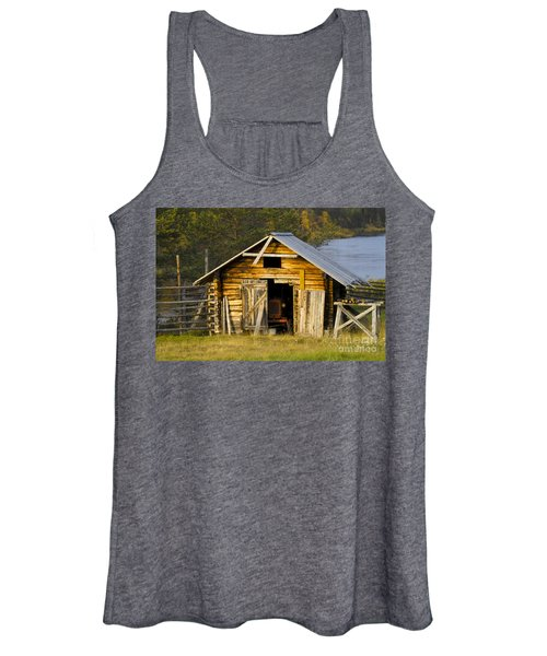 The Old Barn Women's Tank Top