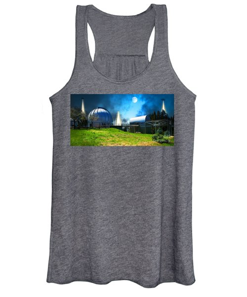 The Visitors At The Chabot Space And Science Center In The Hills Of Oakland California Dsc912 V1 Women's Tank Top