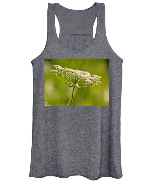 Lacy White Flower Women's Tank Top
