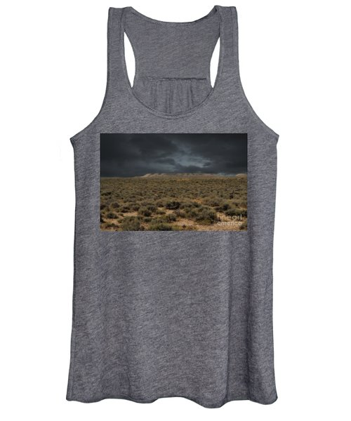 Midnight On The Pairie In Wyoming Women's Tank Top