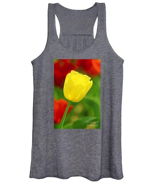 Tulipan Amarillo Women's Tank Top