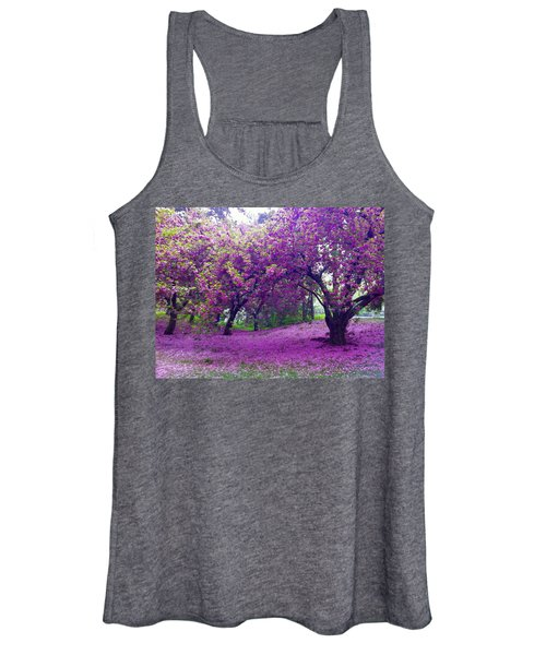 Blossoms In Central Park Women's Tank Top