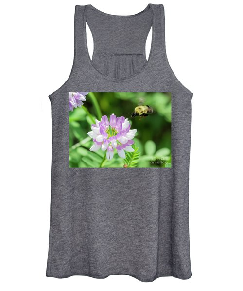 Bumble Bee Pollinating A Flower Women's Tank Top