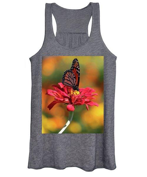 Butterfly On Zinnia Women's Tank Top