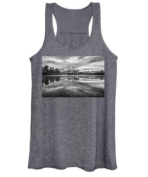 Long Pine Bw Women's Tank Top