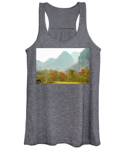 The Colorful Autumn Scenery Women's Tank Top