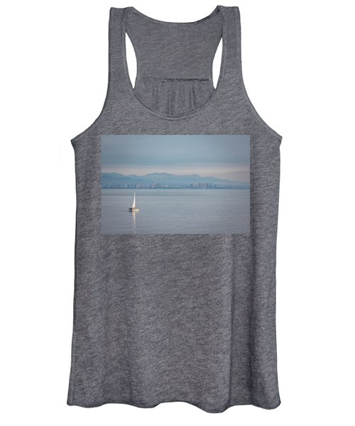 Sailing To Shore Women's Tank Top