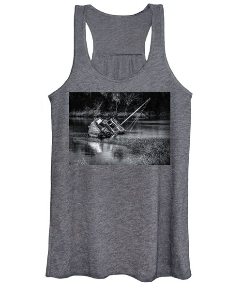 Abandoned Ship In Monochrome Women's Tank Top