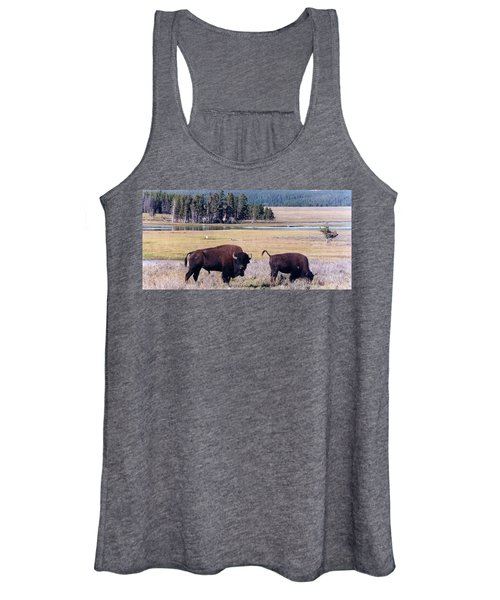 Bison In Yellowstone Women's Tank Top
