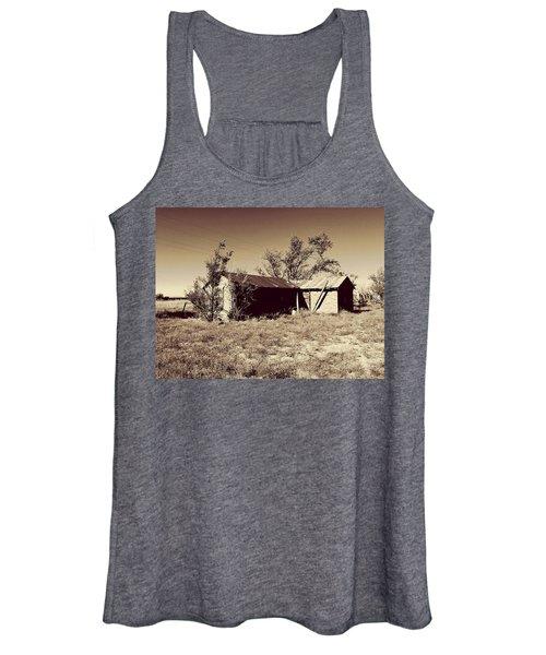 Broken Homestead Women's Tank Top