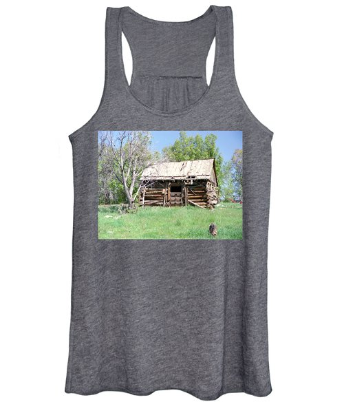 Cabin In The Mountains Women's Tank Top