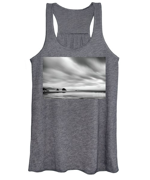 Cannon Beach Long Exposure Sunrise In Black And White Women's Tank Top