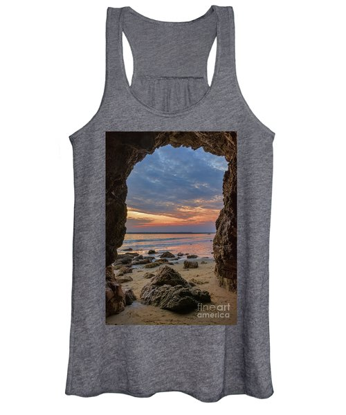 Cloudy Sunset At Low Tide Women's Tank Top