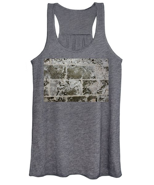 Coral Wall 205 Women's Tank Top
