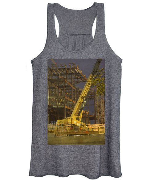 Craning And Working Women's Tank Top