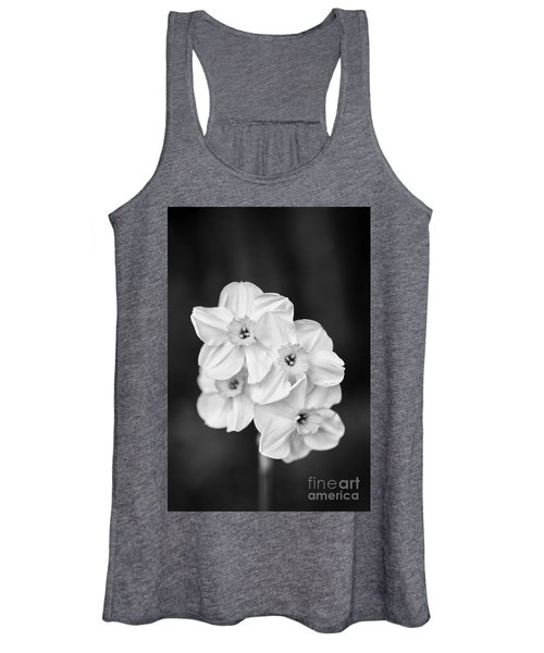 Daffodils With A Black Background Women's Tank Top