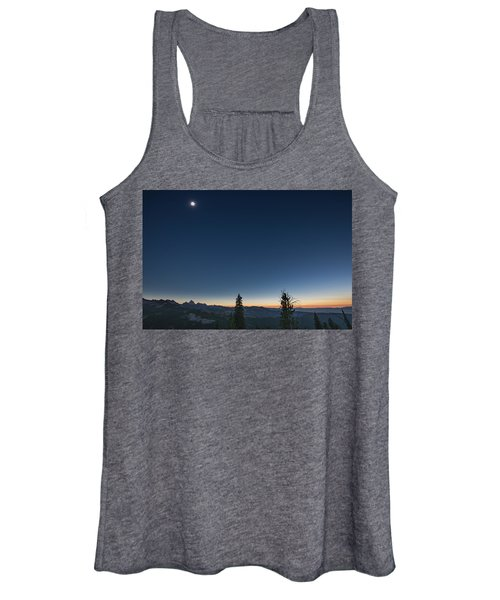 Day Becomes Night Women's Tank Top