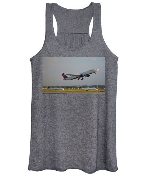 Delta Airlines Jet N827nw Airbus A330-300 Atlanta Airplane Art Women's Tank Top