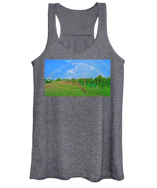 Double Rainbow Vineyard, Smith Mountain Lake Women's Tank Top