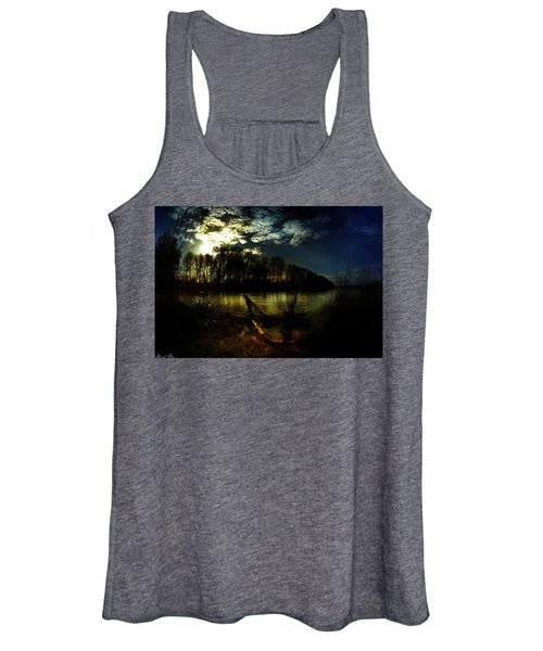 Down Where The River Bends Women's Tank Top