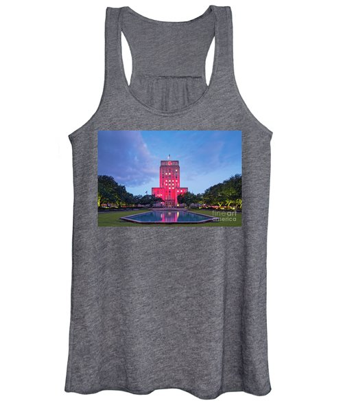 Early Dawn Architectural Photograph Of Houston City Hall And Hermann Square - Downtown Houston Texas Women's Tank Top