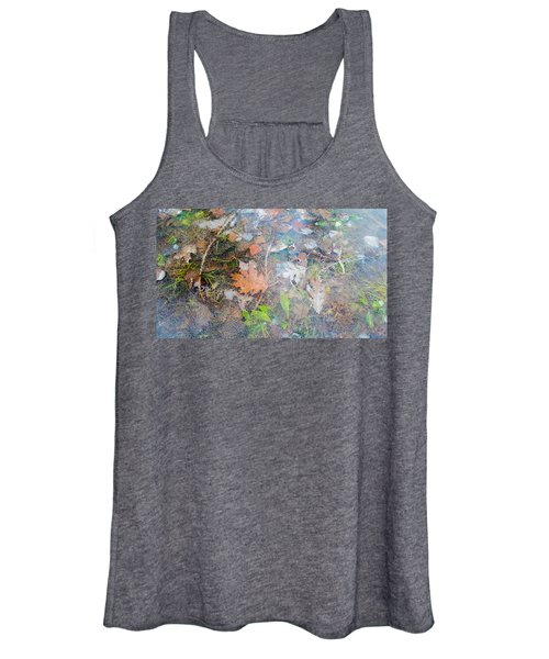 Fall Leaves In A Frozen Puddle Women's Tank Top