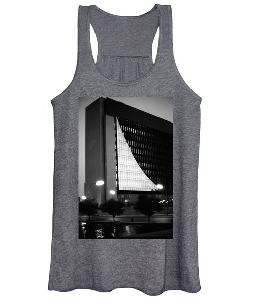 Federal Reserve Building At Twilight Women's Tank Top