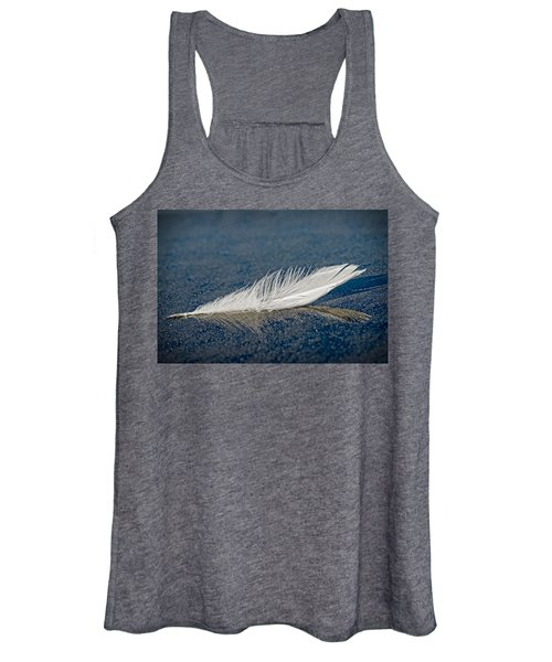 Floating Feather Reflection Women's Tank Top