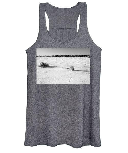 Footprints In The Snow I Women's Tank Top