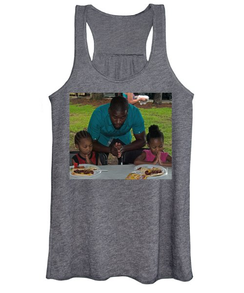 Guest Family Praying Women's Tank Top