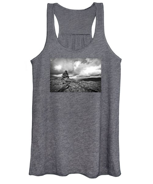 Guide In The Clouds Women's Tank Top