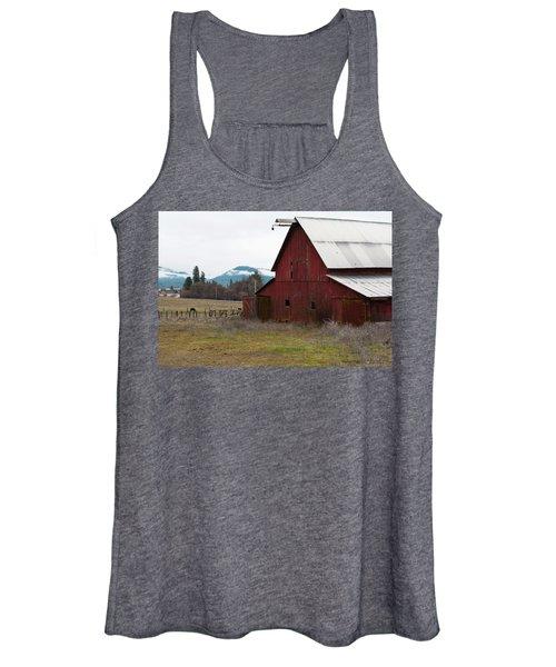 Hayfork Red Barn Women's Tank Top