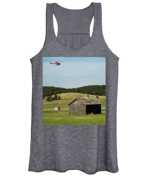 Helicopter Dips Water At Heliwell Women's Tank Top