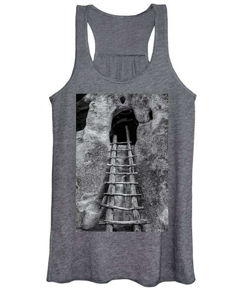 Into The Alcove Women's Tank Top