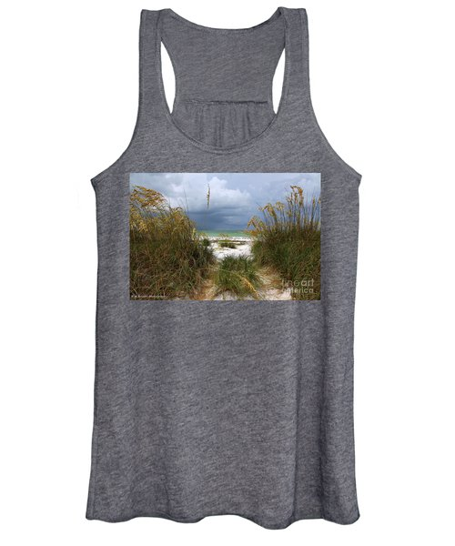 Island Trail Out To The Beach Women's Tank Top