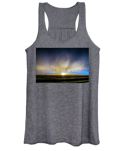 Kansas Storm Chase Bust Day 005 Women's Tank Top