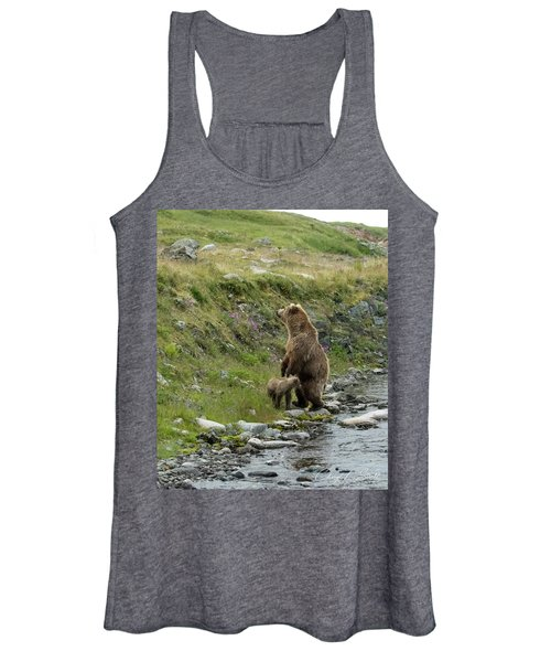 Looking Up The Bluff Women's Tank Top
