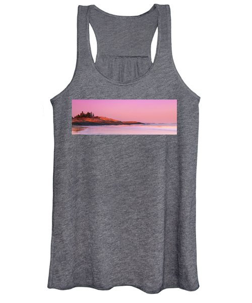 Maine Sheepscot River Bay With Cuckolds Lighthouse Sunset Panorama Women's Tank Top