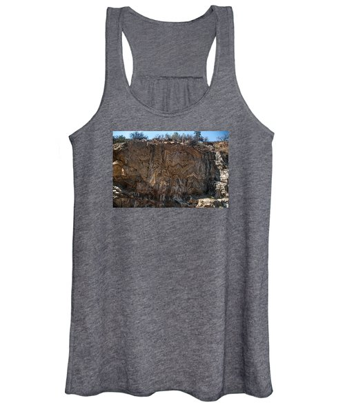 Metamorphic Geologic Wall In Kings Canyon Giant Sequoia National Monument Sequoia National Forest Women's Tank Top