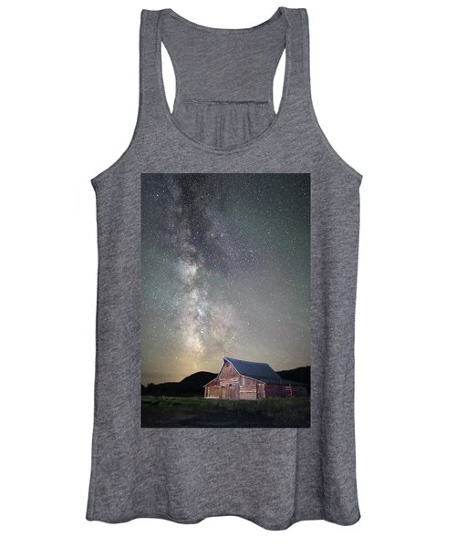 Milky Way And Barn Women's Tank Top
