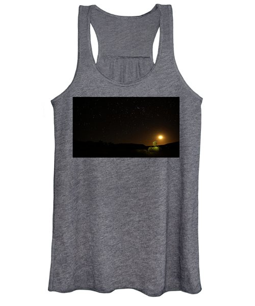Moon Set Over Palm Valley Women's Tank Top