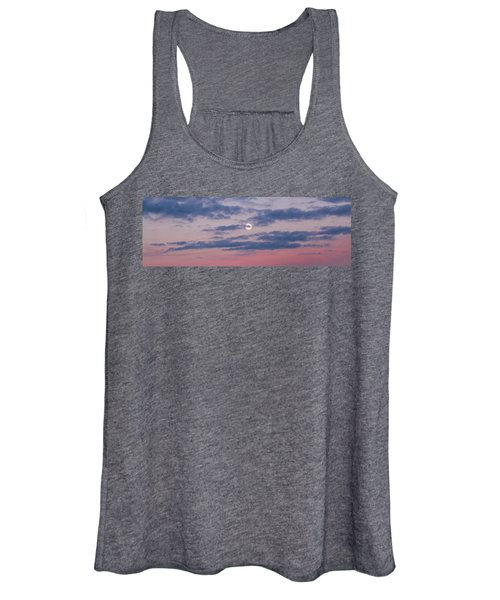 Moonrise In Pink Sky Women's Tank Top