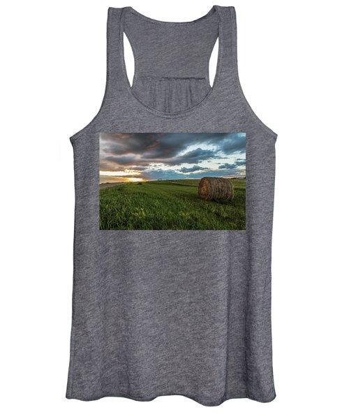 North Dakota Sunset With Hay Women's Tank Top
