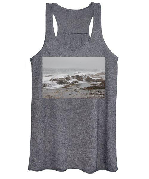 Ocean Waves Over Rocks Women's Tank Top